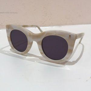 illesteva Boca sunglasses - like new